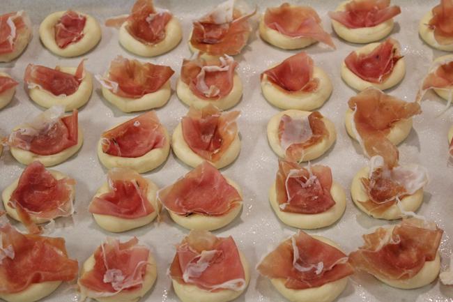 Brioche Bites with Prosciutto