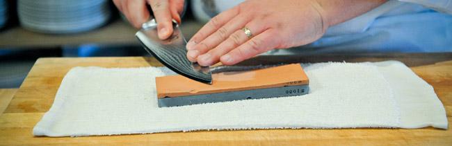 Japanese kitchen knife sharpening