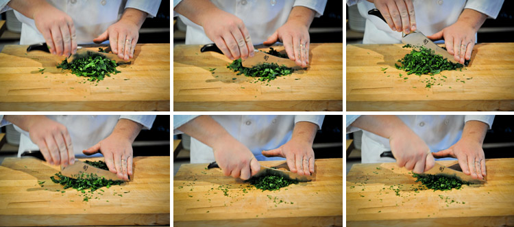 How to Mince Parsley - Step Three